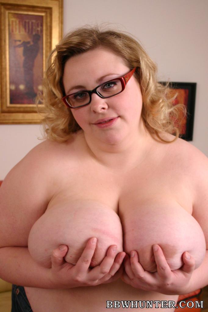 BBW Holly Big Boob Tease
