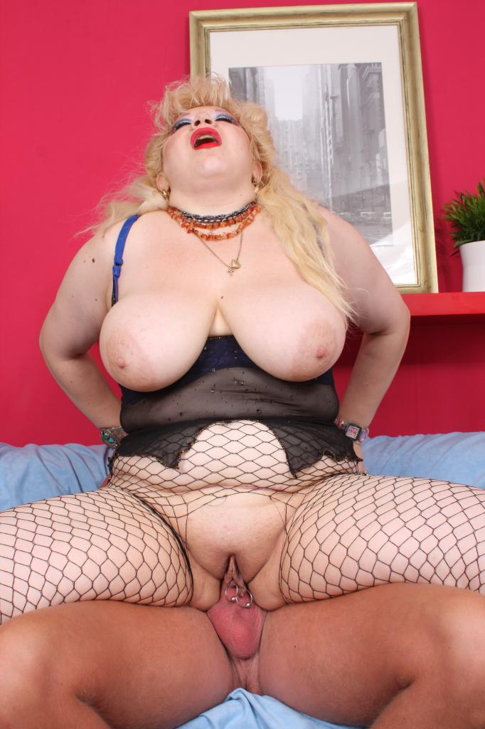 Fat Mature Zhanna Live Sex